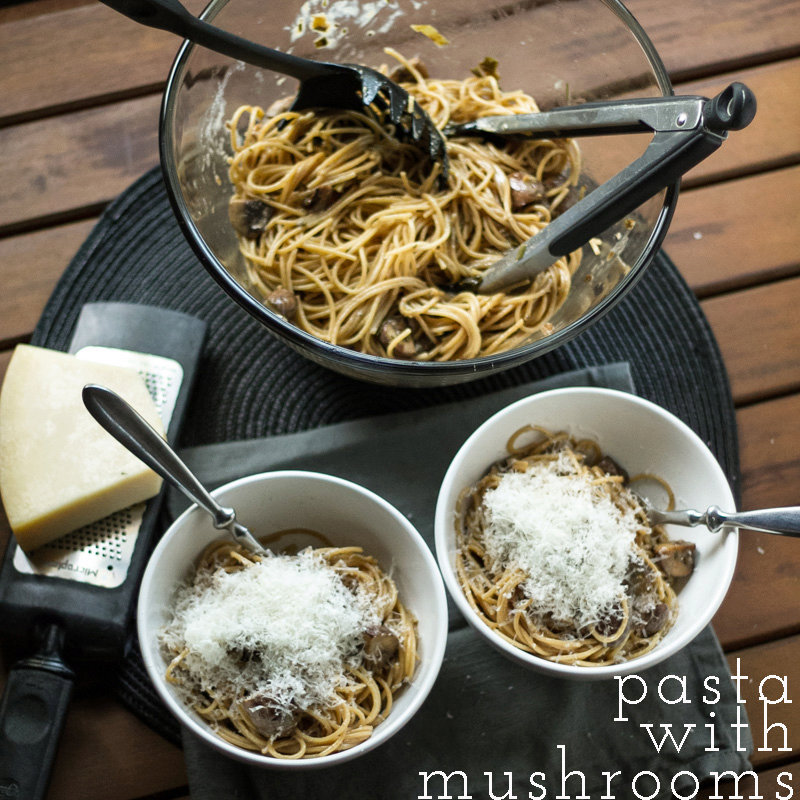 Pasta with Mushrooms and Cream Sauce